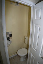29 coles road back ground floor toilet
