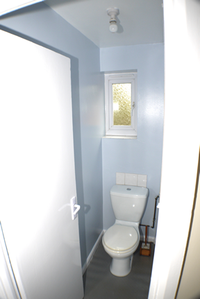 62 Metcalfe road first floor toilet
