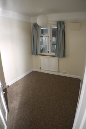 64 Suez Road single bedroom